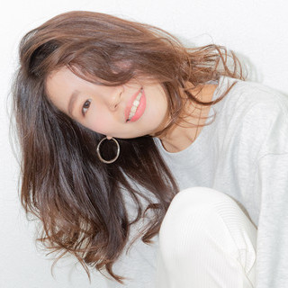 大人女子 アンニュイほつれヘア 大人かわいい フェミニン ヘアスタイルや髪型の写真・画像