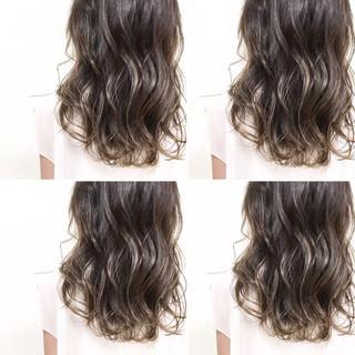 ハイライト 大人かわいい グラデーションカラー ミディアム ヘアスタイルや髪型の写真・画像