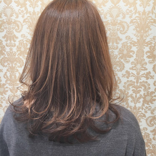 ナチュラル こなれ感 大人かわいい エアリー ヘアスタイルや髪型の写真・画像 ヘアスタイルや髪型の写真・画像