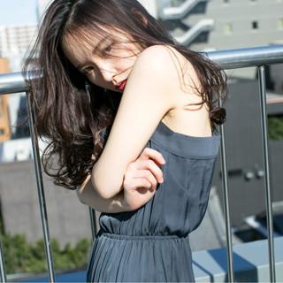 外国人風 パーマ 暗髪 ロング ヘアスタイルや髪型の写真・画像