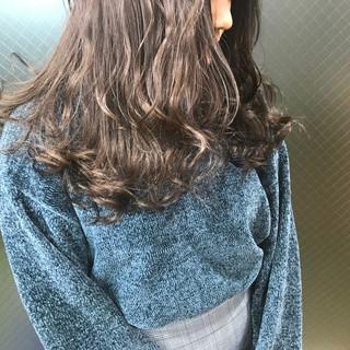ロング うる艶カラー モーブ 成人式 ヘアスタイルや髪型の写真・画像