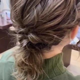 ミディアム ナチュラル デート ヘアアレンジ ヘアスタイルや髪型の写真・画像 ヘアスタイルや髪型の写真・画像