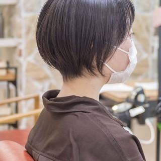 ショートヘア ショートカット マッシュショート ナチュラル ヘアスタイルや髪型の写真・画像