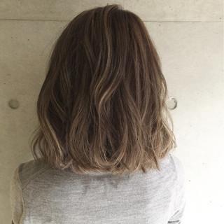 ストリート アッシュ ハイライト 白髪染め ヘアスタイルや髪型の写真・画像
