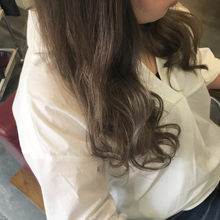 ロング ベージュ ナチュラル グレージュ ヘアスタイルや髪型の写真・画像