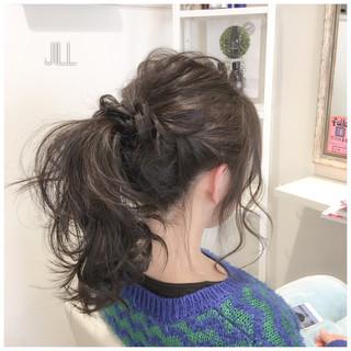 ナチュラル ヘアアレンジ アッシュ ポニーテール ヘアスタイルや髪型の写真・画像