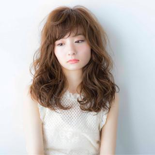 前髪あり ピュア フェミニン ゆるふわ ヘアスタイルや髪型の写真・画像