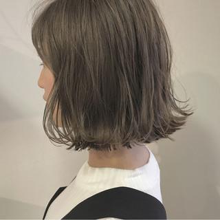 ボブ 透明感 ハイライト 外ハネ ヘアスタイルや髪型の写真・画像 ヘアスタイルや髪型の写真・画像