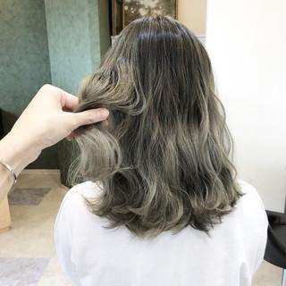 ブリーチなし 外国人風カラー ヘアアレンジ ミディアム ヘアスタイルや髪型の写真・画像