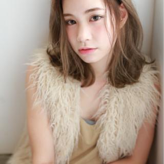 ミディアム 大人女子 冬 色気 ヘアスタイルや髪型の写真・画像