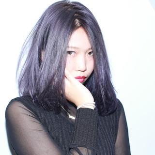 ミディアム グレージュ 外国人風 暗髪 ヘアスタイルや髪型の写真・画像