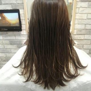 アッシュ 秋 透明感 セミロング ヘアスタイルや髪型の写真・画像 ヘアスタイルや髪型の写真・画像