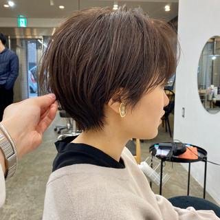 大人ショート アンニュイ ショートヘア ナチュラル ヘアスタイルや髪型の写真・画像