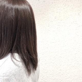 透明感 アッシュ 暗髪 ストレート ヘアスタイルや髪型の写真・画像