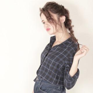 ロング 外国人風 大人かわいい 簡単ヘアアレンジ ヘアスタイルや髪型の写真・画像 ヘアスタイルや髪型の写真・画像