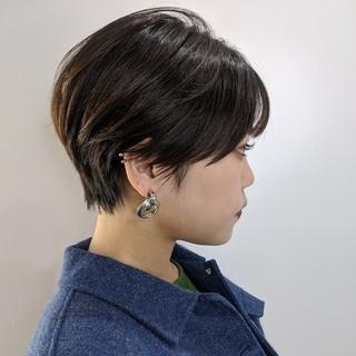 ショートヘア 大人かわいい イルミナカラー 丸みショート ヘアスタイルや髪型の写真・画像