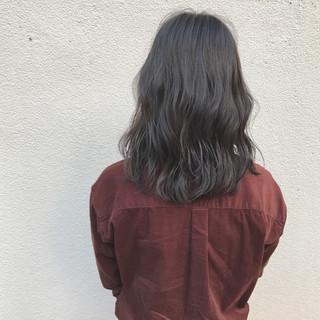 外ハネ ロブ ハイライト ミディアム ヘアスタイルや髪型の写真・画像