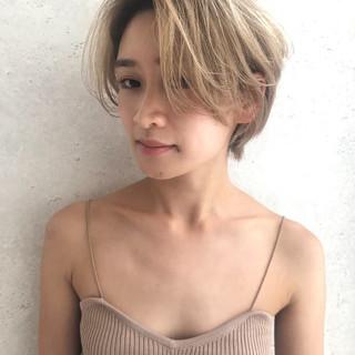 ハンサムショート ナチュラル 透明感カラー イルミナカラー ヘアスタイルや髪型の写真・画像