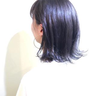 ブリーチなしでも抜群の透明感♡暗めブルーアッシュでおしゃれヘア