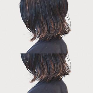 ボブ ストリート ハイライト インナーカラー ヘアスタイルや髪型の写真・画像