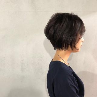 ショート 似合わせ ナチュラル 小顔 ヘアスタイルや髪型の写真・画像