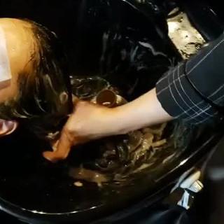 トリートメント 名古屋市守山区 ナチュラル 頭皮ケア ヘアスタイルや髪型の写真・画像