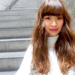 ゆるふわ ブラウン セミロング 外国人風 ヘアスタイルや髪型の写真・画像