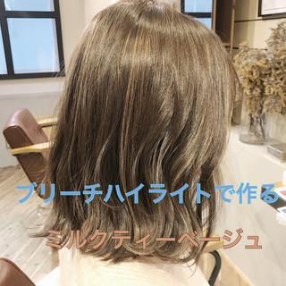 ナチュラル 簡単ヘアアレンジ パーマ デート ヘアスタイルや髪型の写真・画像