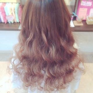 フェミニン ロング ゆるふわ 大人かわいい ヘアスタイルや髪型の写真・画像