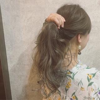 アッシュグレージュ グラデーションカラー アンニュイほつれヘア ブランジュ ヘアスタイルや髪型の写真・画像