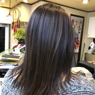 ミディアム 大人ハイライト オフィス デート ヘアスタイルや髪型の写真・画像