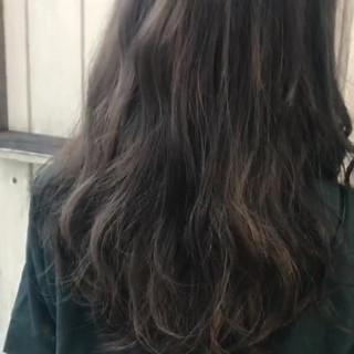 アンニュイ 秋 ウェーブ ロング ヘアスタイルや髪型の写真・画像