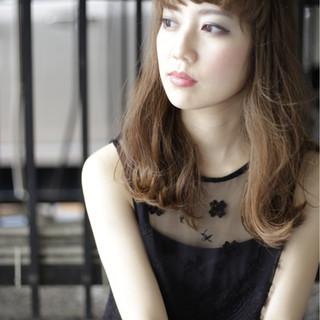 ロング ガーリー 外国人風 フェミニン ヘアスタイルや髪型の写真・画像