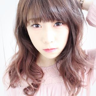 ピンク グラデーションカラー ロング ベージュ ヘアスタイルや髪型の写真・画像