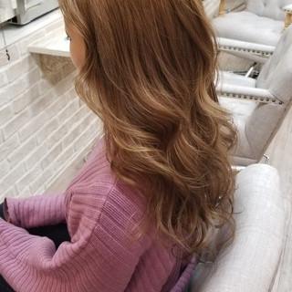 外国人風カラー 巻き髪 ロング モード ヘアスタイルや髪型の写真・画像 ヘアスタイルや髪型の写真・画像