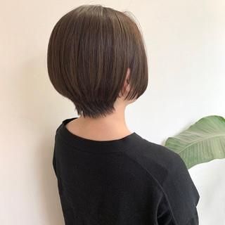 ヌーディーベージュ ハンサムショート ショート ナチュラル ヘアスタイルや髪型の写真・画像