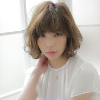 外国人風 ウェーブ パーマ ストリート ヘアスタイルや髪型の写真・画像
