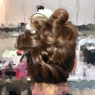 フェミニン 成人式 ヘアアレンジ セミロング ヘアスタイルや髪型の写真・画像 ヘアスタイルや髪型の写真・画像