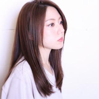 大人かわいい 暗髪 フェミニン セミロング ヘアスタイルや髪型の写真・画像