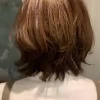 大人かわいい 切りっぱなしボブ デート ハイライト ヘアスタイルや髪型の写真・画像