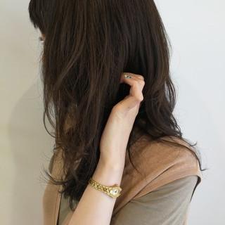 ナチュラル レイヤーカット ヘアカラー ハイライト ヘアスタイルや髪型の写真・画像