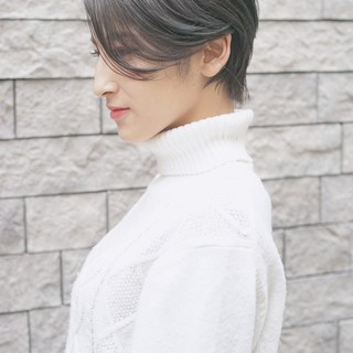 ベージュ 女子力 ショートボブ グレージュ ヘアスタイルや髪型の写真・画像