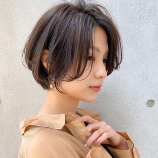 色気 ハンサムショート 大人かわいい ナチュラル ヘアスタイルや髪型の写真・画像