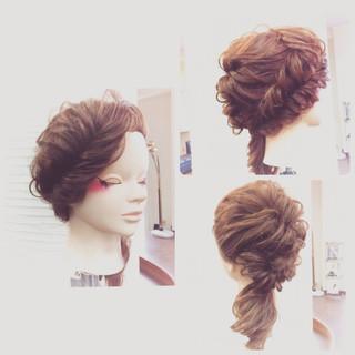 ロング 大人かわいい フィッシュボーン くるりんぱ ヘアスタイルや髪型の写真・画像 ヘアスタイルや髪型の写真・画像