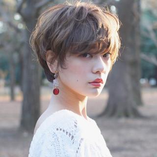 小顔 ナチュラル 外国人風 大人女子 ヘアスタイルや髪型の写真・画像