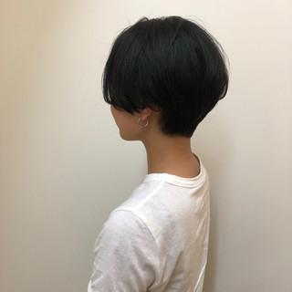 耳かけ ふわふわ センター分け ナチュラル ヘアスタイルや髪型の写真・画像 ヘアスタイルや髪型の写真・画像