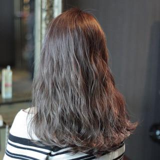アッシュ ロング 外国人風 ハイライト ヘアスタイルや髪型の写真・画像