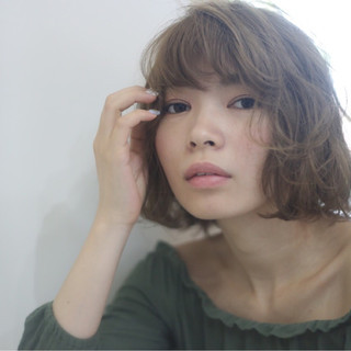 色気 ゆるふわ ハイライト ミディアム ヘアスタイルや髪型の写真・画像