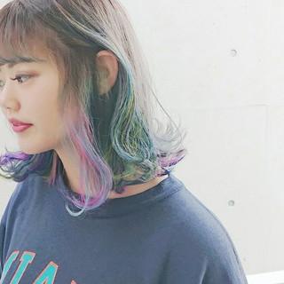 ミディアム ストリート ユニコーンカラー アッシュ ヘアスタイルや髪型の写真・画像