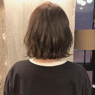 ナチュラル ボブ くすみカラー アンニュイほつれヘア ヘアスタイルや髪型の写真・画像